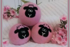 dryer-ball-pink
